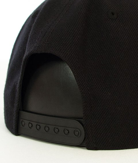 Rocawear-Keep Calm and Carry On Snapback Black