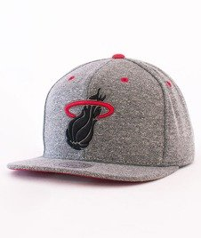 Mitchell & Ness-Broad ST 2.0 Miami Heat Snapback VP92Z