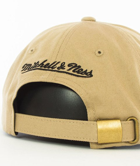 Mitchell & Ness-Chicago Bulls Rock Font Dad Hat Snapback Khaki