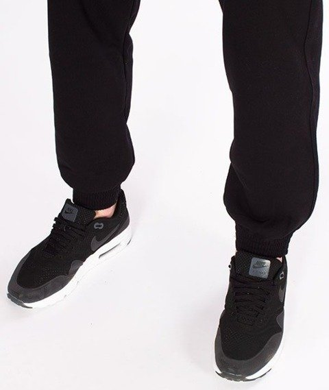 SmokeStory-Skin Jogger Spodnie Dresowe Czarne